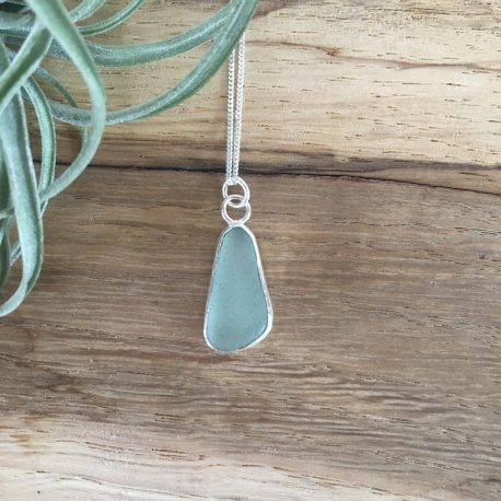 Seafoam Green Seaglass Necklace - Gwithian